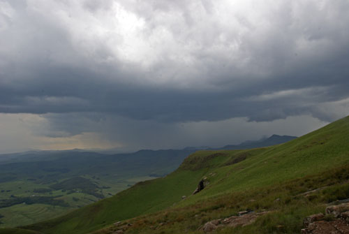 Photograph of thunderstorm approaching Mount Sutherland